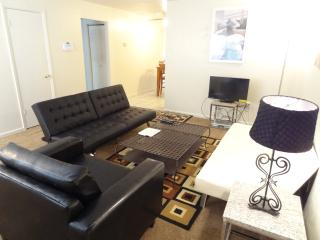 Best Deal in Town - 2 Bedroom Apt, Gainesville