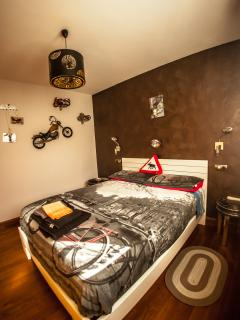habitación 'moto'