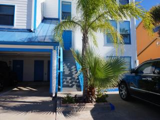3B2B Two story condo for rent/lease on the island, Corpus Christi