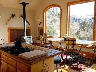 Logan Mountain Retreat, Cody