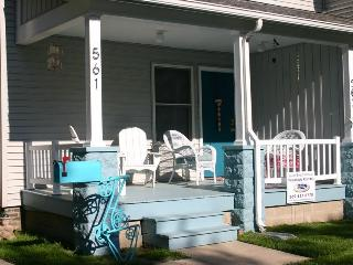 South Beach Retreat - Summer rentals begin or end on Sunday, South Haven