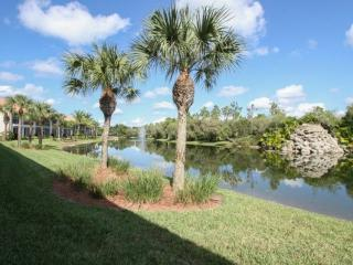 Falling Waters Beach Resort- 1st Floor Unit with Amazing Water & Fountain View, Naples