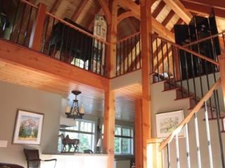 Gorgeous Sunshine Coast Timber Frame CarriageHouse, Gibsons