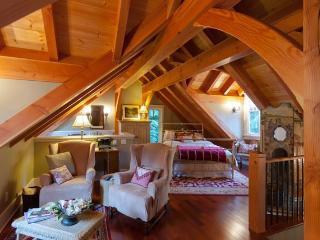 Gorgeous Sunshine Coast Timber Carriage House