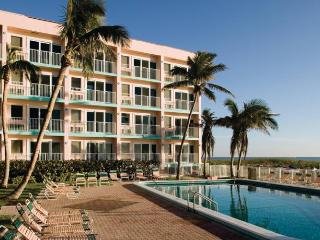 Wyndham Sea Gardens - Seaside vacation, Pompano Beach