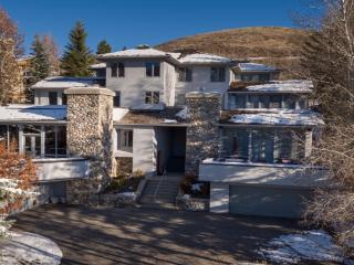 3,800 sq ft. Heart of Ketchum and Sun Valley