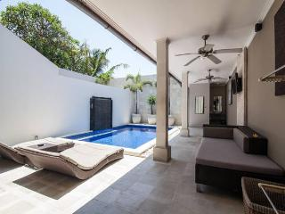 KUTA REGENCY VILLA 4 BEDROOM