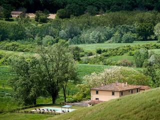 3 bedroom Villa in Pian di Sco, Florentine hills, Arno Valley, Tuscany, Italy : ref 2383092