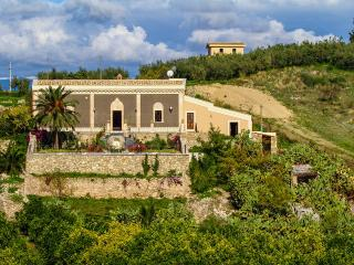5 bedroom Independent house in Centuripe, Sicily, Italy : ref 2307268