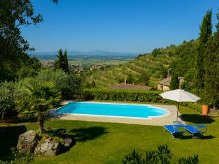 6 bedroom Villa in Cortona, Tuscany, Italy : ref 5227107