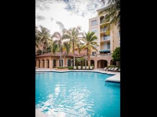 **Winter Promo** Upscale Condo in Aventura - Minutes from Beach & Shopping!