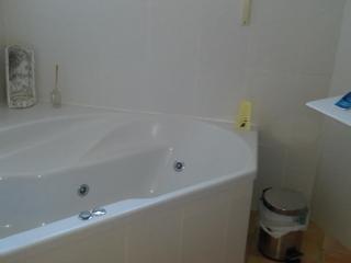 Es un apartamento,con acceso privado.Buenas vistas, Benigembla