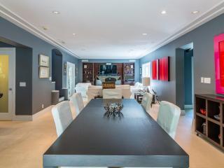 Modern 3 Bedroom Villa in Venetian Isle Miami Beach