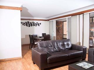 Spacious 2 Bedroom Apartment in La Carolina, Bogota