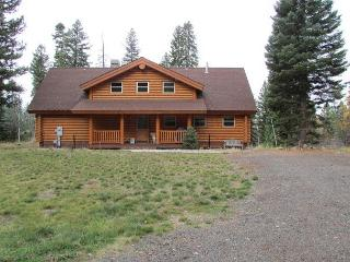Come stay at the Wilderness Retreat, your luxury cabin in the mountains., McCall
