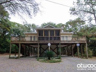 Morillo's Miracle - Comfy, Quiet Getaway Home on Edisto Beach