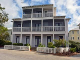 Grace Villa - Stylish 30A Beach Home!  Heated Pool - Steps to Sugar Sand Beach, Santa Rosa Beach