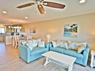 Seabluff #12 - Relax 30A Style! Steps to Sugar Beaches!  WIFI - Community Pool, Santa Rosa Beach