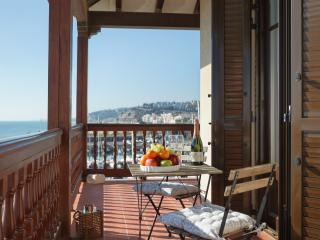 Luxury front beach  Apartment 40 km from Barcelona, Arenys de Mar