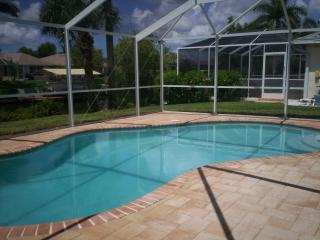Waterfront, Gulf access, with heated pool, Cape Coral