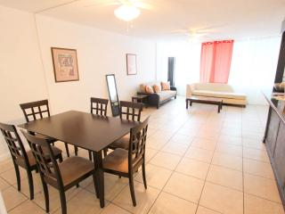Apt 3150-2  Large 1 bedroom by the Beach, Fort Lauderdale