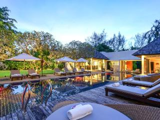 Villa Samakee, Phuket´s dream holiday getaway with private pool