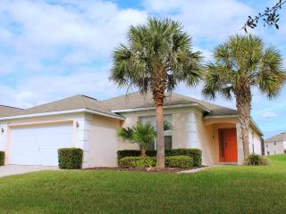 Fantastic Disney Villa with a Game room and WiFi, Kissimmee