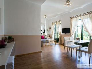 Santa Cruz 2 Bedrooms, Seville