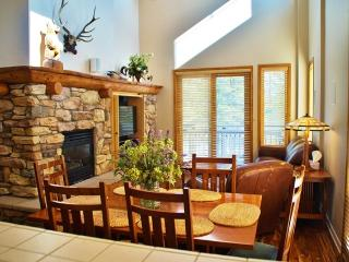Mammoth Green Sky High Condo - Close to Eagle Lodge - Listing #241, Lagos Mammoth