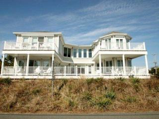 Elegant Luxury for 10 with Pool, Elevator, Game Room, Across the Street from the Ocean, Fenwick Island