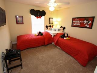 Mickey Twin Room - View #2