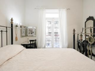 Beautiful 1st Floor Apartment, Valletta