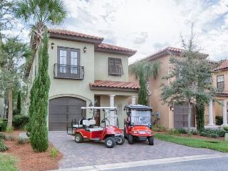 The Getaway offers 4 bedroom & 4 bathroom Sandestin Home in Villa Lago with 2 Golf Carts Included!!! ~ RA90034, Miramar Beach