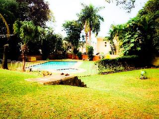 Tranquil 3 bedroom self-cateing holiday apartment, Durban