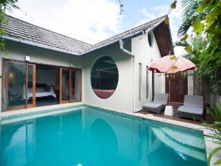 Villa Tokyo- 1bedroom private pool Seminyak BALI