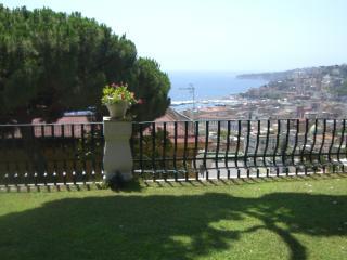 Casamanuela 1, Nápoles