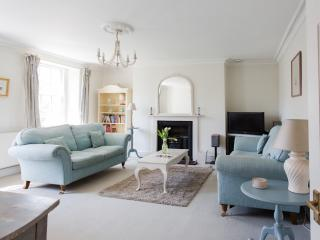 Weston Lodge - a stylish luxury holiday apartment