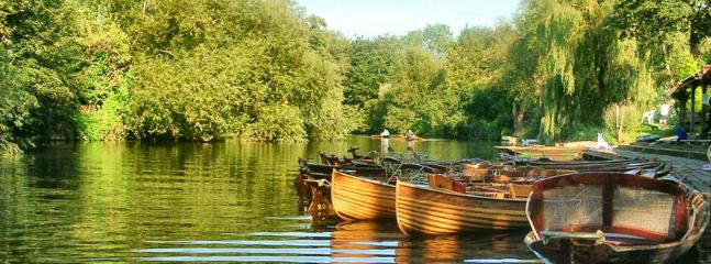 Punts for hire on the River Avon. Great for lazy summer days - www.bathboating.co.uk