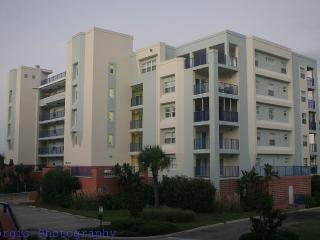 2B/2B Luxury Condo at Oceanwalk, New Smyrna Beach