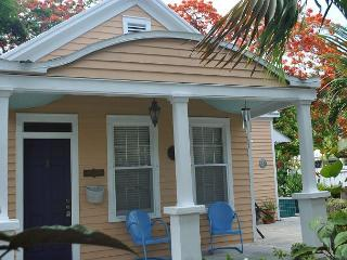Casa Manana Conch Cottage