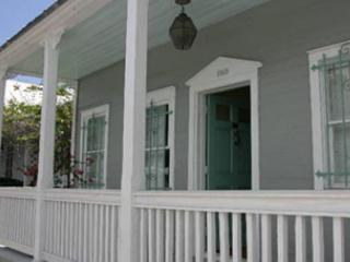 Two Bedroom one bath Cigar Makers Apartment Downtown Key West