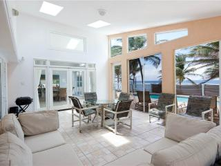 5BR-Sea Grape, Grand Cayman