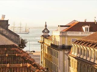 CN- Central/AC/ Balcony/Elevator/ Views, Lisbon