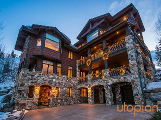 Chateaux du Mont in Deer Crest with Ski Access, Park City