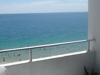 Look No Further - Amazing Ocean Front Condo!!!!