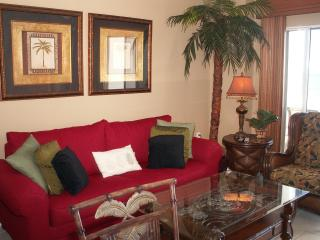 Deluxe Gulf and Beach view 1 bdrm, 1 bath condo., Orange Beach