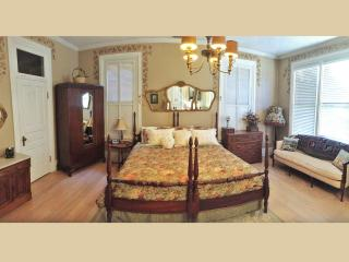 Ellerbeck Mansion Bed & Breakfast (Autumn Room), Salt Lake City