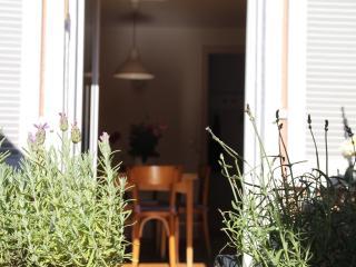 Vacation Apartment in Staufen im Breisgau - 753 sqft, 1 bedroom, 1 living / bedroom max. 4 people (#…