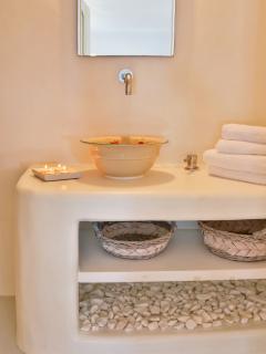 Bathroom with handpainted sink