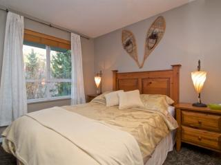 Master bedroom with Queen bed and quality linens